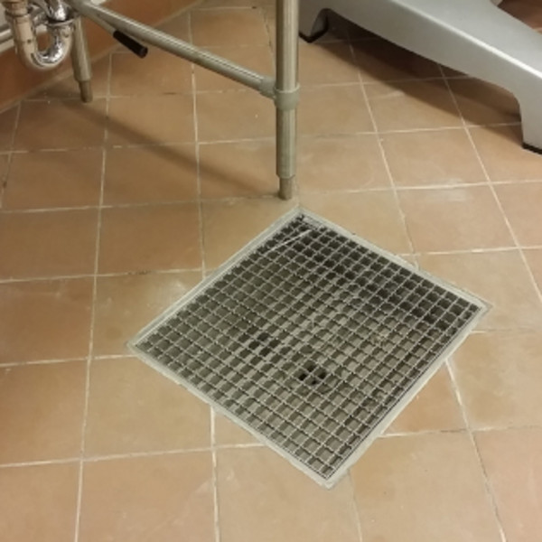 Commercial Kitchen Floor Drains: Commercial Kitchens